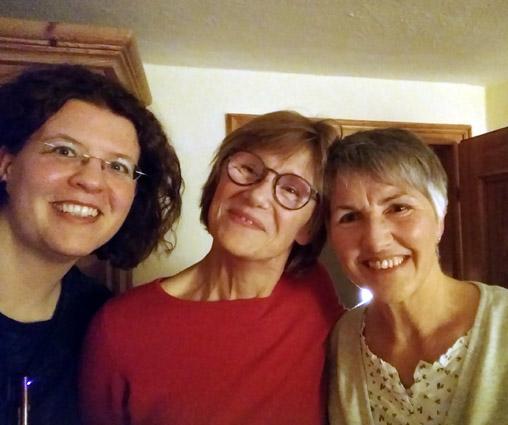Maret, Angelika und Ingrid erzählten Geschichten aus Island, Russland und den Alpen
